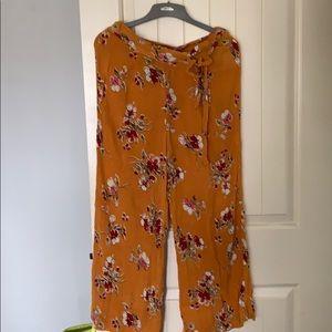 Loose fit women's floral pants